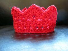 Crocet crown