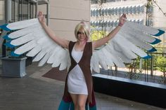 Pidgeot Cosplay Made and worn:  facebook.com/kyla-mareecosplay  Photographer: Pandom Images facebook.com/pandomimages