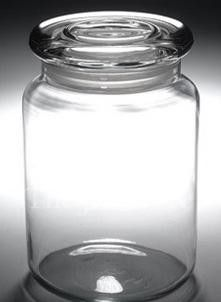 Great for storing craft supplies! 31 oz Libbey Apothecary Classic Storage Jar With Flat Glass Lid Bottles And Jars, Glass Jars, Mason Jars, Glass Containers, Sea Glass, Bar A Bonbon, Jar Storage, Grain Storage, Storage Canisters