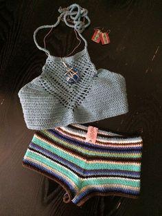 Crochet Swimwear Tribal bottom meets ↟Arrowhead top↟ equals a cute pair . Discovred by : Chiêu Firefly Crochet Crochet Lingerie, Bikinis Crochet, Crochet Bra, Crochet Woman, Cute Crochet, Beautiful Crochet, Crochet Pants, Crochet Clothes, Crochet Bathing Suits