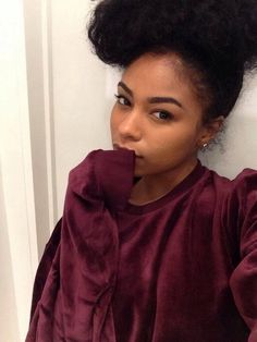 Black Girls Hairstyles, Bun Hairstyles, Elegant Bun, Black Is Beautiful, Gorgeous Hair, Beautiful People, Beautiful Women, Natural Hair Inspiration, Dream Hair