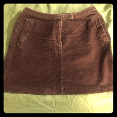 Mini Skirt What is better to wear than Mini skirts? These go really well with anything! It has the cutest side pockets and back pockets... I am just unfortunately not young enough to wear mini skirt anymore all reasonable offers accepted! The Limited Skirts Mini