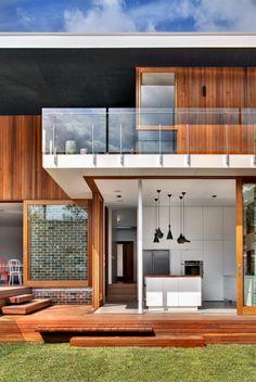 The Castlecrag Residence by CplusC Architectural Workshop | Contemporist
