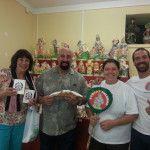 Giant Cannolo with David And Susan (US) - Pasticceria Rosciglione