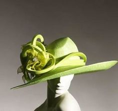 Philip Treacy ...