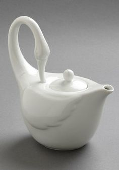 Swans Upon a Time Tea Pot, #ModCloth. Elegant teapot. More 'Whatnot'. For the Kitchen.