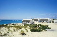 Arniston Info - Western Cape South Africa - The Overberg Region Beautiful Places In The World, Wonderful Places, Places To Travel, Places To See, Fishermans Cottage, Namibia, Le Cap, Africa Travel, Countries Of The World