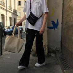 "Gefällt 340 Mal, 7 Kommentare - A Normal Boy (@nikolajrosendal) auf Instagram: ""Mr postman"""