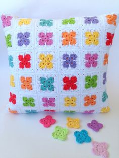 Posts about crochet motifs written by poppyandbliss Crochet Pillow Cases, Crochet Cushion Cover, Crochet Cushions, Crochet Quilt, Crochet Blocks, Crochet Squares, Crochet Home, Crochet Crafts, Crochet Projects