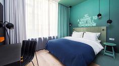 Fiordo de Oslo: En bicicleta a tu aire - Camino En Bici Bedroom Green, Modern Bedroom, Bedroom Decor, Fiordo De Oslo, Home Interior, Interior And Exterior, Half Painted Walls, Wall Painting Decor, Guest Bedrooms