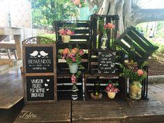 Set de huacales decorativos con adorno floral
