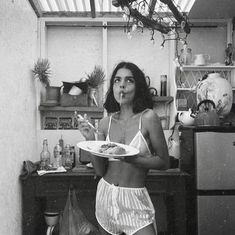 black and white photography girls eating spaghetti pasta in silk underwear Summer Aesthetic, White Aesthetic, Photo Pour Instagram, Instagram Life, Instagram Fashion, Fotografia Retro, Photographie Portrait Inspiration, Insta Photo Ideas, Black N White