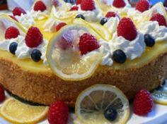 Recipes - Desserts - Lemon Curd Chesecake - Kraft First Taste Canada Lemon Desserts, Dessert Recipes, Lemon Curd Cheesecake, Yummy Food, Delicious Recipes, Winter Time, Cooking Recipes, Favorite Recipes, Baking