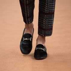 Tod's Fall 2016 Ready-to-Wear Accessories Photos - Vogue