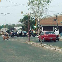 #HOY 18.10 accidente entre moto y auto #BellaVista #Corrientes caseros y santa fe #insta #imagenprimeroya