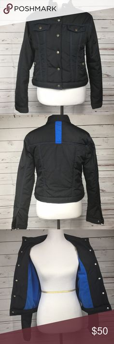 Nike Men's Black Jacket With Blue Detail Nike Men's Black Jacket With Blue Detail. Size medium. No hood. Windbreaker design. No zippers, all buttons. Ask me anything! Nike Jackets & Coats Windbreakers