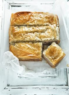 Amateur Cook Professional Eater - Greek recipes cooked again and again: Walnut pie with phyllo pastry