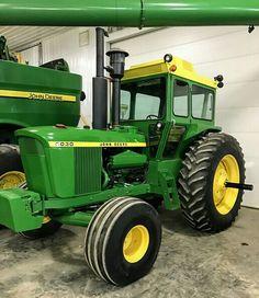 Old John Deere Tractors, Jd Tractors, John Deere 6030, John Deere Equipment, Tractor Implements, Mean Green, Work Horses, Dodge Trucks, Hobby Farms