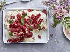 Pavlova, Raspberry, Fruit, Food, Essen, Meals, Raspberries, Yemek, Eten