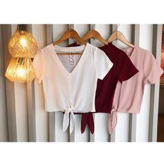 Tie up t-shirts Cool Outfits, Casual Outfits, Fashion Outfits, Western Outfits, Outfit Goals, Diy Clothes, Blouse Designs, Spring Outfits, Korean Fashion