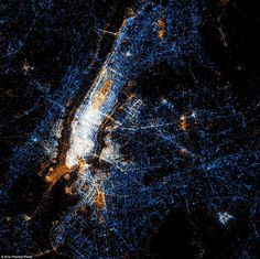 #NYC overlayed by social network interactions - @Flickr (red dots) and @Twitter (blue dots) and both (white) Assume that are going to use yellow for @pinterest