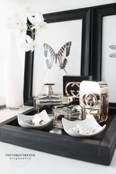 dressing table trays for gorgeous girlie goodies ma maison blanche 1014 - use grey vase