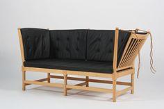 """Børge Mogensen """"Tremmesofa"""" model 1789 Design1945."""