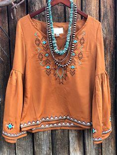 Long Sleeve Tops, Bell Sleeve Top, Bohemian Tops, Hippie Tops, Bohemian Blouses, Boho Hippie, Boho Fashion, Fashion Outfits, Estilo Hippie