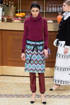 Chanel Fall 2015 Ready-to-Wear Fashion Show - Vivienne Rohner