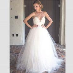 Romantic White Lace Wedding Gowns 2017 New Sexy Deep V-Neck Off The Shoulder Simple Design Bride Dresses Vestido De Casamento