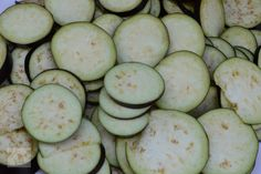 Vinete in bulion, pentru iarna - CAIETUL CU RETETE Cucumber, Zucchini, Vegetables, Food, Canning, Recipes, Essen, Vegetable Recipes, Eten