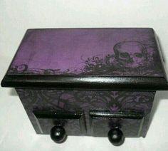Purple, black and Skulls storage box?! Beautiful!