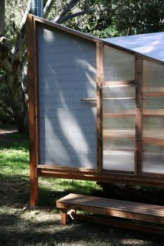 studio rain revives bathing culture with sauna installation in melbourne Prefabricated Structures, Building A Sauna, Sauna Design, Diving Board, Sauna Room, Ritual Bath, Blue Hill, River Bank, Tiny House Cabin