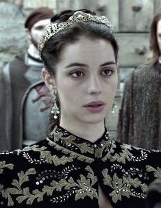Character Inspiration, Hair Inspiration, Celina Sinden, Reign Mary And Francis, Caitlin Stasey, Reign Fashion, Old King, Mary Stuart, Adelaide Kane