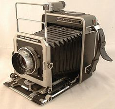 Graflex Speed Graphic    The Speed Graphic was manufactured by Graflex, a Rochester, New York based camera producer. It was the dominant portable professional camera from the 1930's through the end of the 1950's.