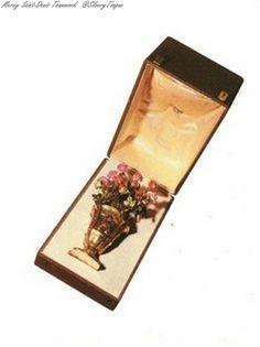 Belonging to Empress Elisabeth. engagement gift brooch.