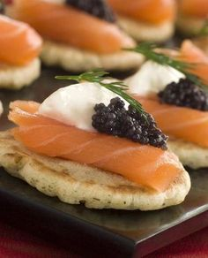 Gourmet Caviar Blinis and Smoked Salmon Canapes. I love caviar Cold Appetizers, Easy Appetizer Recipes, Appetizers For Party, Gourmet Recipes, Cooking Recipes, Gourmet Appetizers, Free Recipes, Pancake Recipes, Canapes Recipes