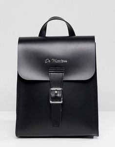 Order Dr Martens Mini Leather Backpack online today at ASOS for fast delivery, multiple payment options and hassle-free returns (Ts&Cs apply). Get the latest trends with ASOS. Mini Backpack, Backpack Bags, Leather Backpack, Fashion Backpack, Dr Martens Backpack, Cool Messenger Bags, Trendy Backpacks, Laptop Bag For Women, Handbags For Men