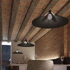 Lámpara de techo negra Ceiling Lights, Lighting, Home Decor, Black Ceiling, Pendant Lamps, Homemade Home Decor, Light Fixtures, Ceiling Lamps, Lights