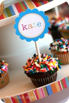 blast from the past...kate's 2nd birthday (planning her 5th now!)