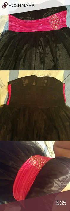 Pretty dress with rhinestonesones belt Would be nice for homecoming or something my school doesnt really do fancy dances only prom. Dresses Strapless