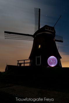 Ball of light - De Breek, Etersheim - Trouwfotografie Freya & Peter Welp