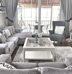 Most Beautiful Grey Living Room Decoration Ideas with Trendy Decor Check out tons of inspiring grey living room decoration ideas that will mesmerize you! Pick the best one and stye up your own living room now! Living Room Decor On A Budget, Living Room Grey, Home Living Room, Apartment Living, Interior Design Living Room, Living Room Furniture, Living Room Designs, Small Furniture, Furniture Movers