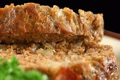 Elizabeth's Meatloaf Recipe | The Dr. Oz Show--- I used a hatch chili instead of a green pepper, fresh corn instead of frozen and ground up crackers instead of breadcrumbs. It was REALLY good! (saved)