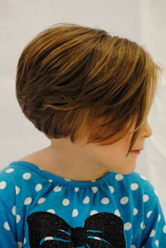 I keep thinking I want something like this, where the back is short but then the bang pieces stay long- longer than this. It's so hard to describe!