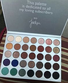 Finally the Jaclyn Hill palette with Morphie!!