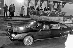 Selbstverständlich stand dem Genossen Generalsekretär auch ein kurzer Citroën CX zur Verfügung. Hier empfing Erich Honecker den damaligen Bundeskanzler Helmut Schmidt.
