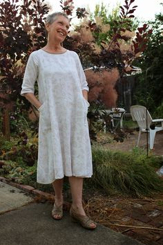 JillyBeJoyful: Lily Linen Dress - I Love Me Some Linen!