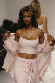 "80s-90s-supermodels: ""Tyra Banks, mid 90s """