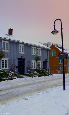 Drøbak city, Norway Trondheim, Stavanger, Land Of Midnight Sun, Norwegian House, Scandinavian Architecture, Beautiful Norway, Alesund, Scandinavian Countries, Visit Norway